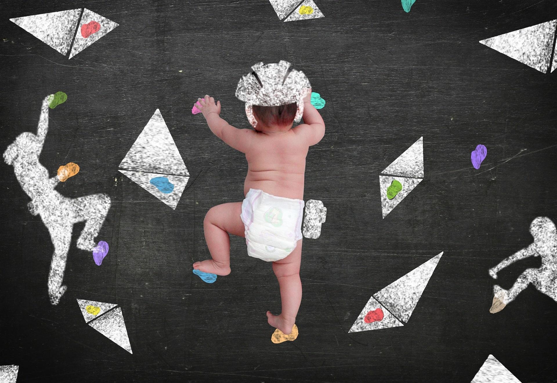 Bébé escalade
