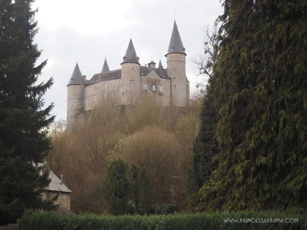 J'ai visité le château de Vêves près de Dinant