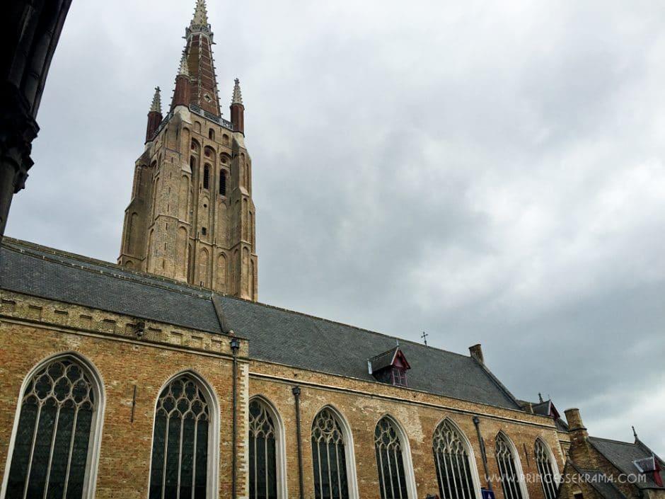 Visiter Bruges pour son Eglise Notre Dame de Bruges