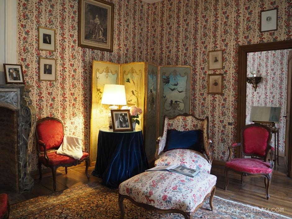 Une pièce au Château de Vêves