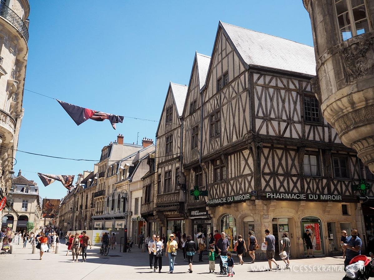 Une rue à Dijon
