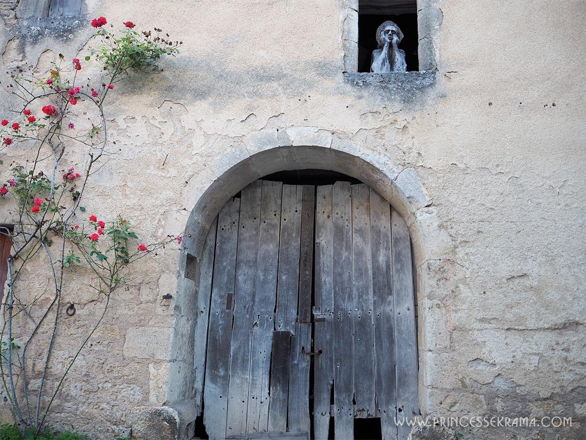 Flavigny Sur Ozerain façade