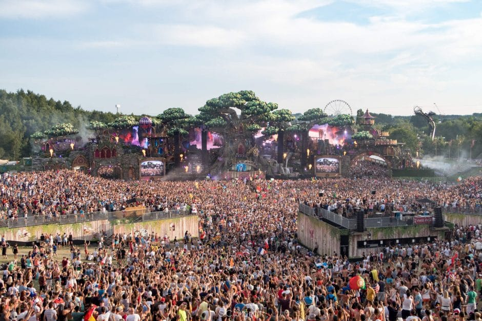scene-tomorrowland