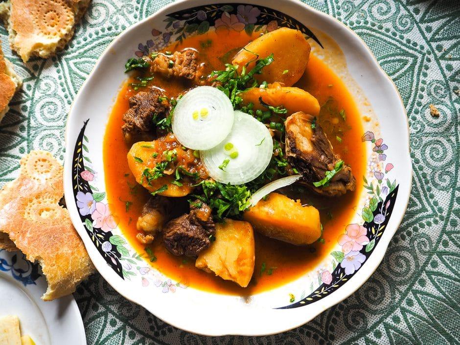 Repas chez l'habitant à Pangate